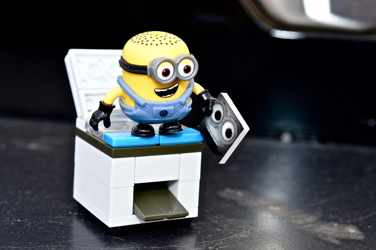 Minion on top of photocopier machine figure